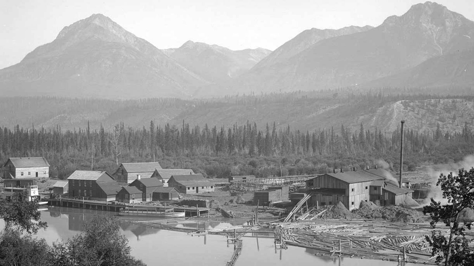 One of the many photos displayed inside the museum - Golden Lumber Company Mill in 1894.