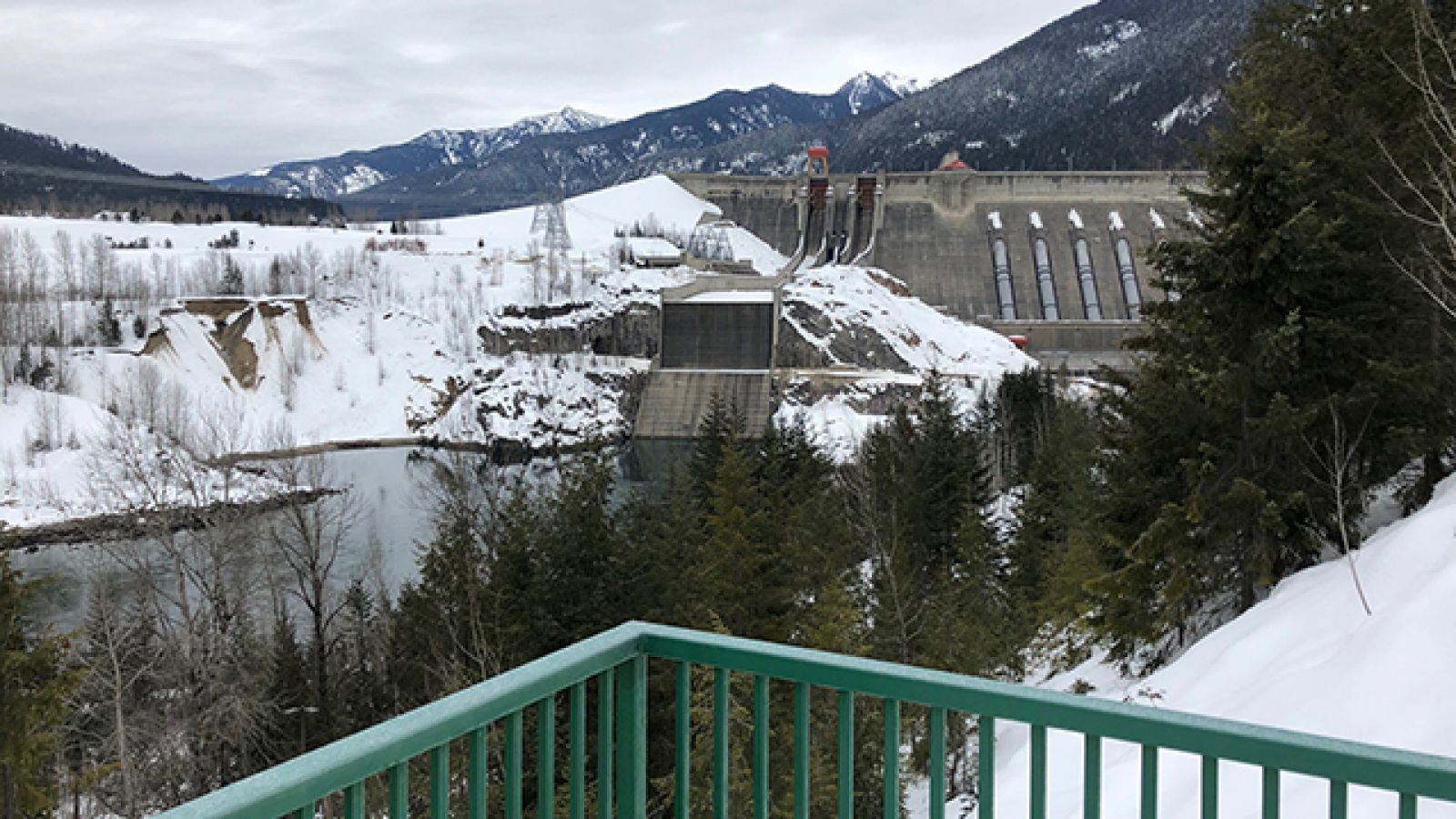 Walk to the viewpoint and checkout the Revelstoke Dam.