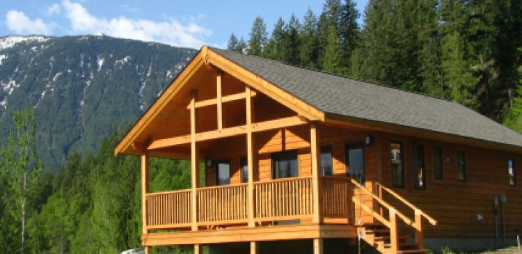 Kaslo Holiday Home