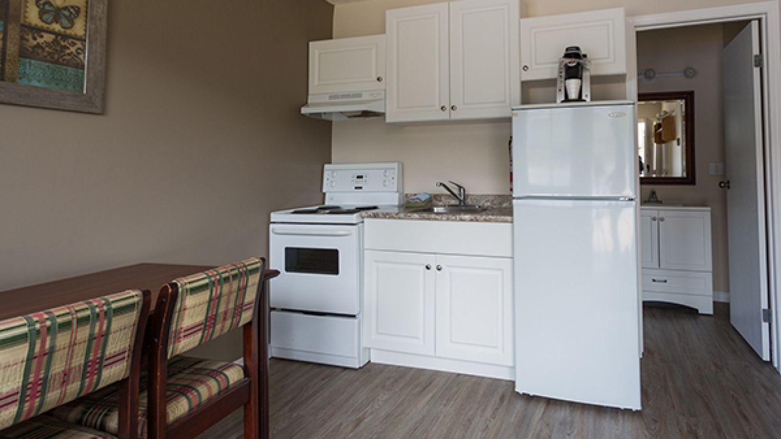 Kitchenette suites & apartments available.