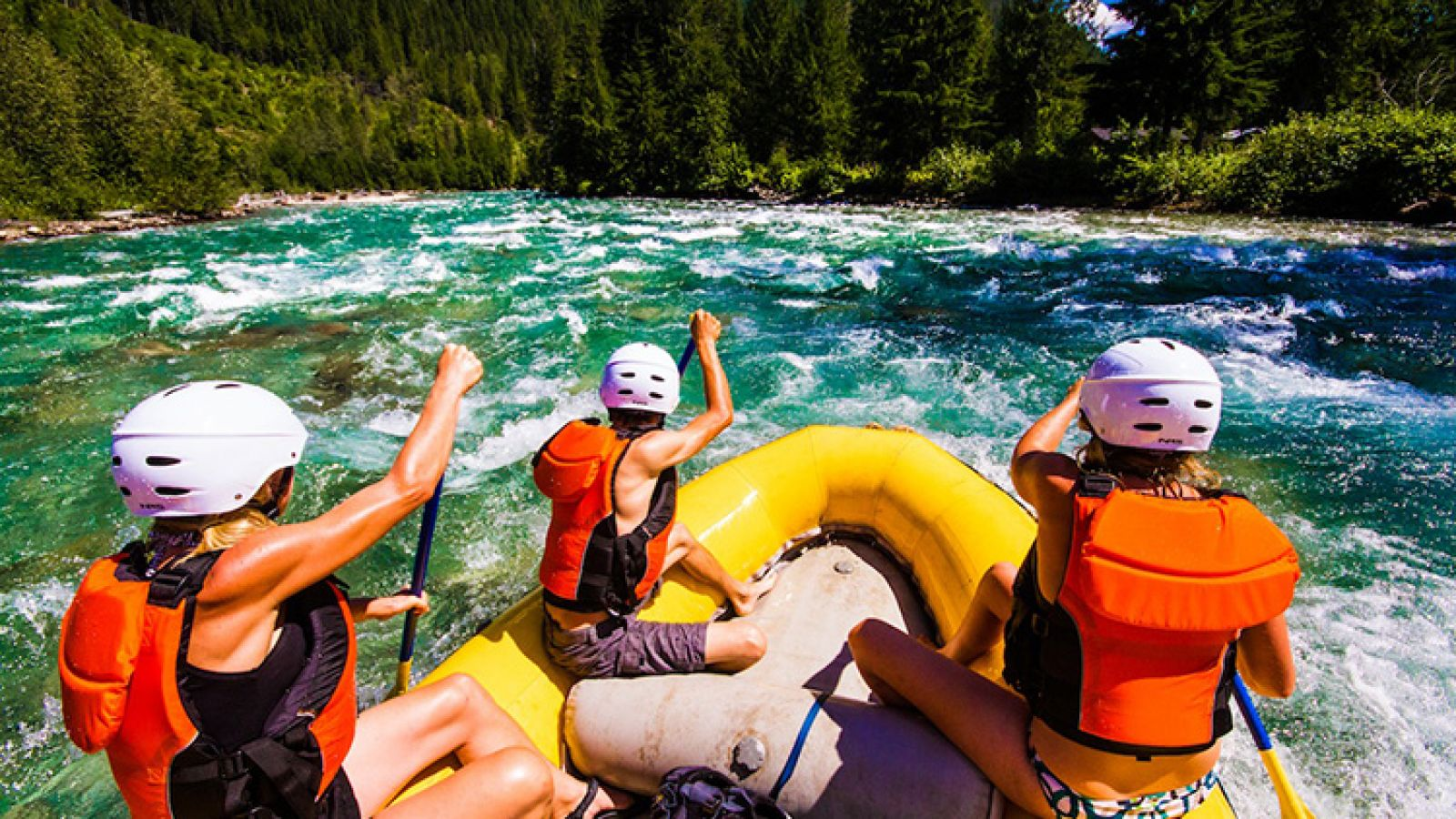Whitewater rafting in the heart of the Kootenay Rockies.