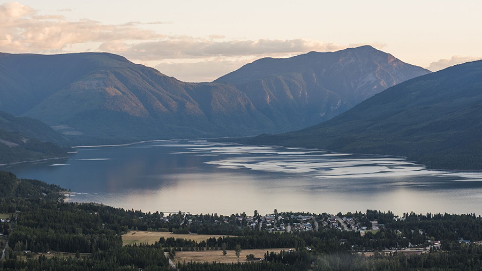 Nakusp, Arrow Lakes and area.