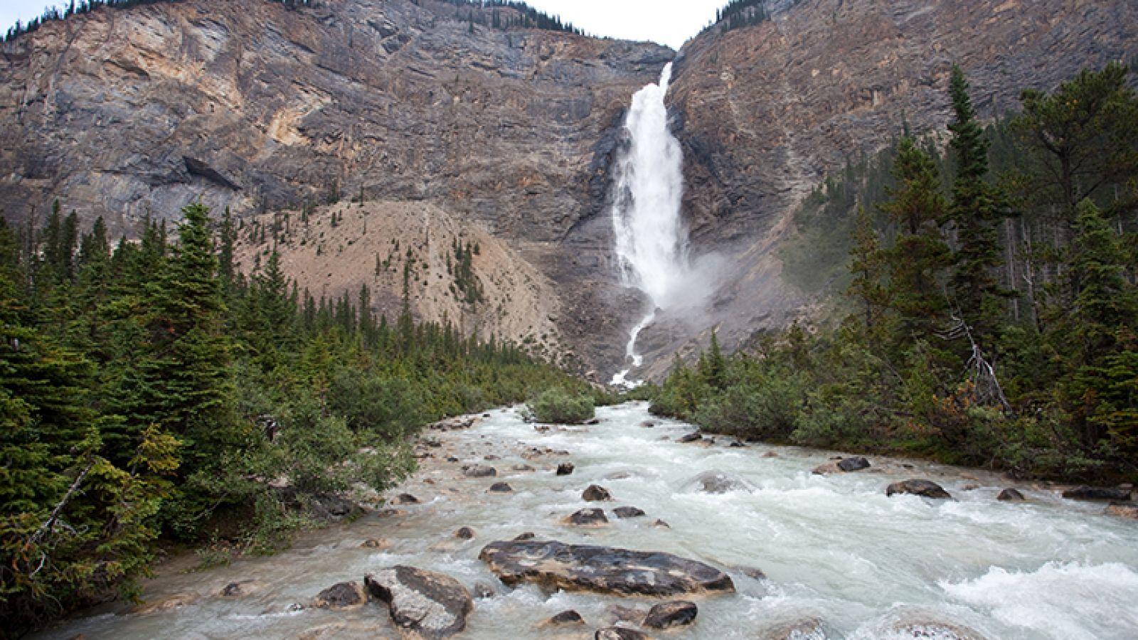 Takakkaw Falls, Yoho National Park.