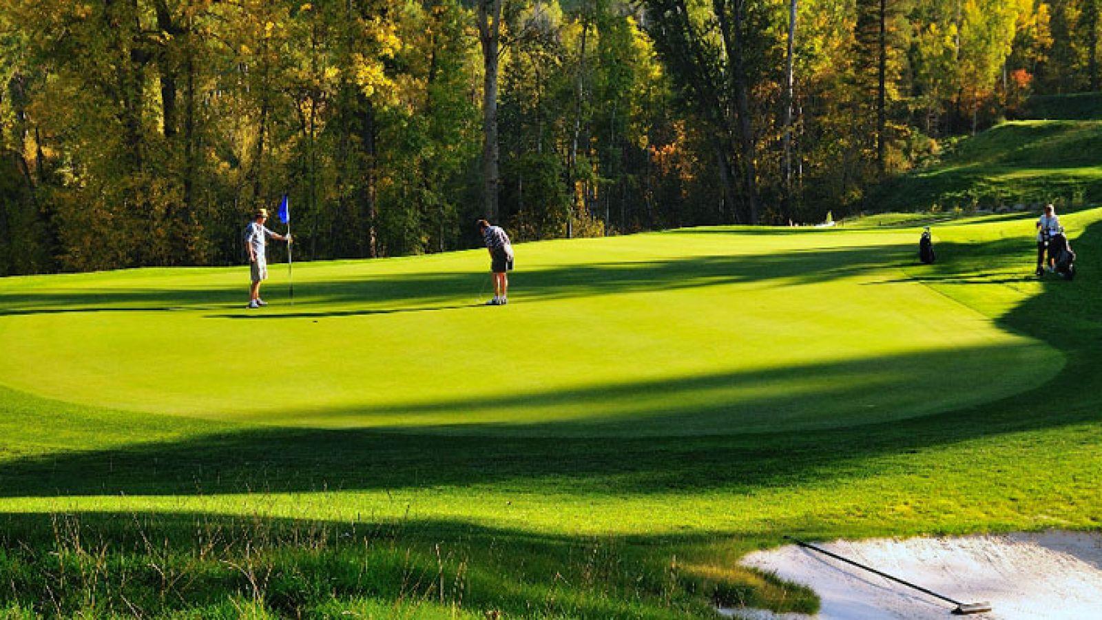 A beautiful mountain golf course.
