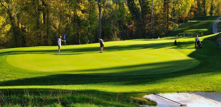 Redstone Golf Resort