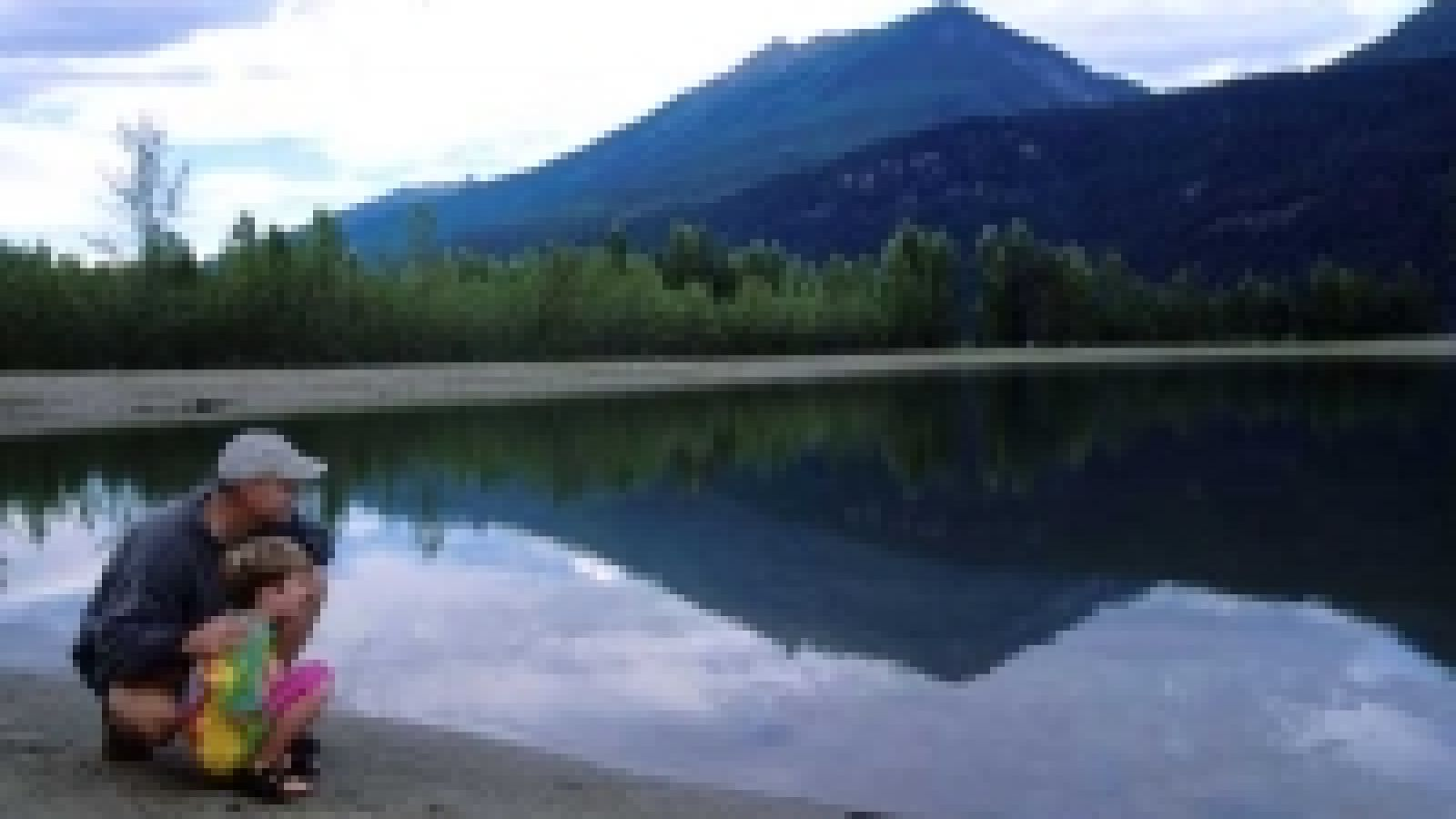 Blanket Creek Park is one of a system of four provincial parks on the Arrow Lake Reservoir - the warm man-made swimming lagoon is perfect for the whole family.