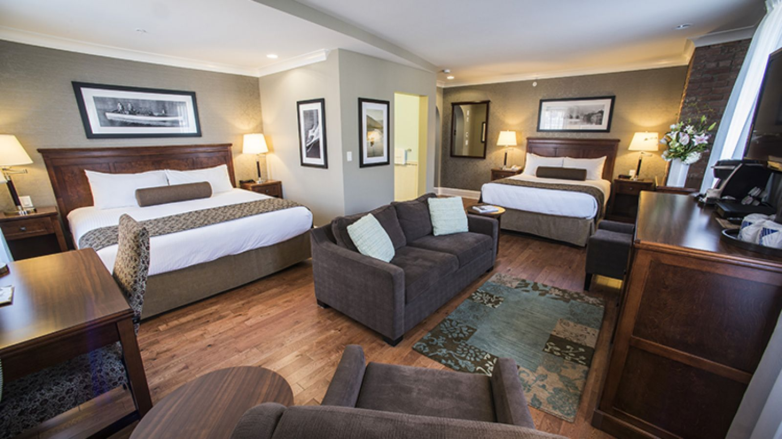 Forty-four guest rooms.