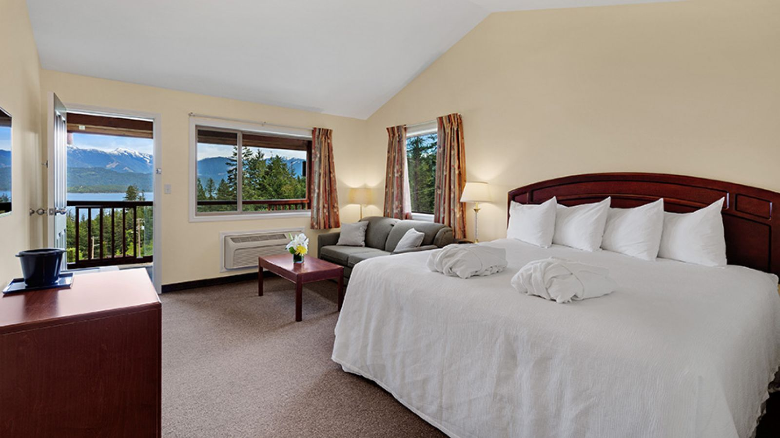 Wonderful guest rooms.