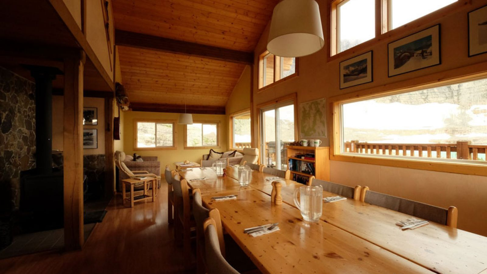 Luxury accommodation and the perfect place to dine and relax.