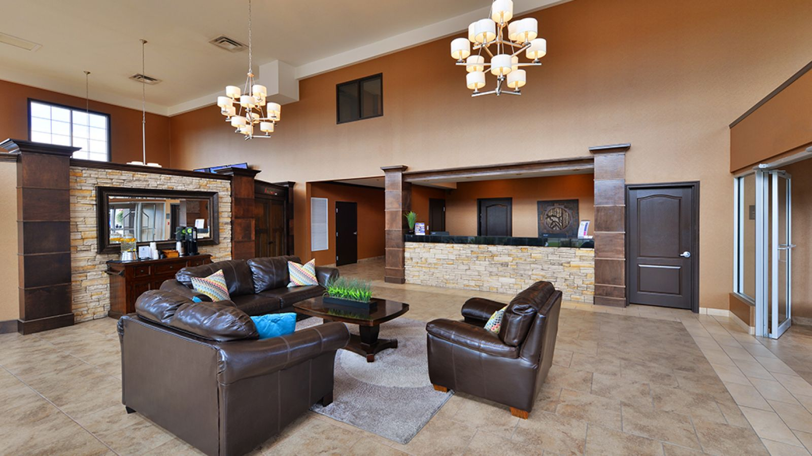 Cozy, Welcoming Lobby.