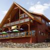 Dock 'N' Duck Pub Family Grill Lodge.