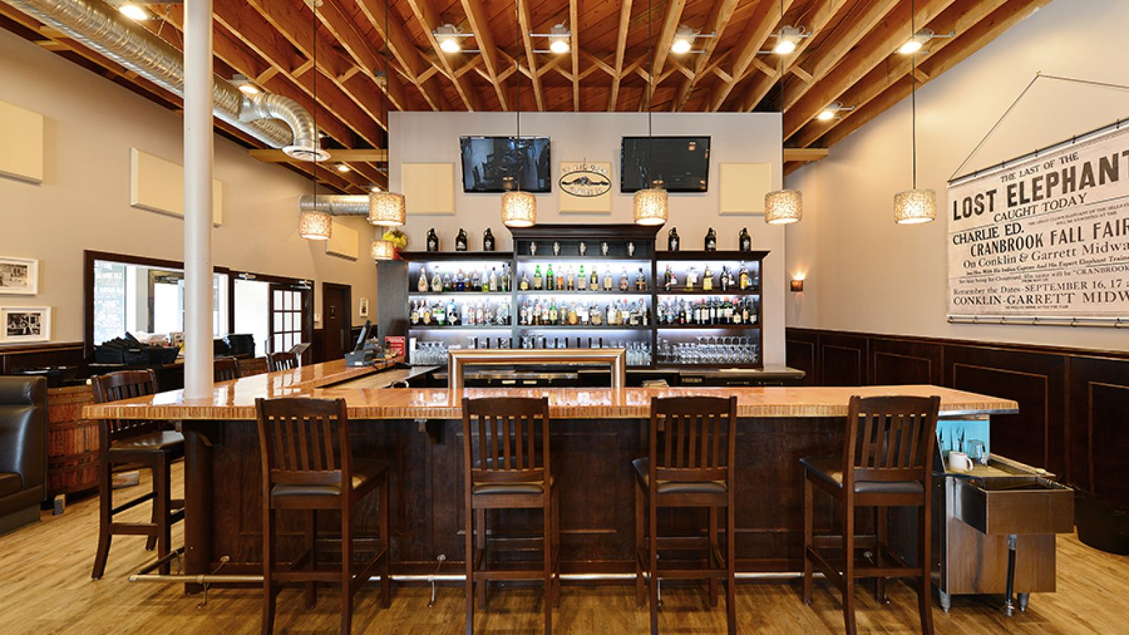 The Heid Out Restaurant & Brewhouse.