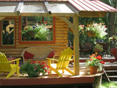 UNIQUE STAYS IN THE KOOTENAYS
